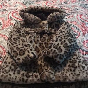 Other - Hooded Faux Fur Girls Jacket 4T-5T